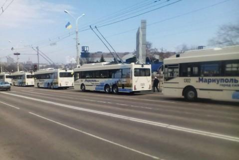 zhiteli-mariupolya-mogut-polzovatsya-novymi-trolleybusami-s-konditsionerami-i-wi-fi