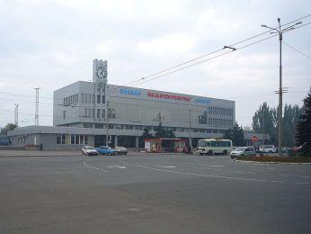 poselki-vozle-mariupolya-hotyayt-oblagorodit